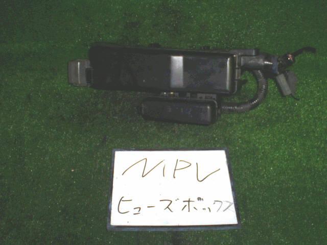 Блок предохранителей MAZDA MPV