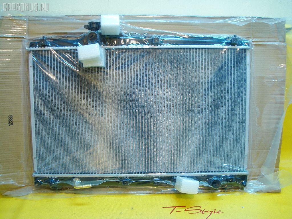 Радиатор ДВС TOYOTA IPSUM ACM20. Фото 1