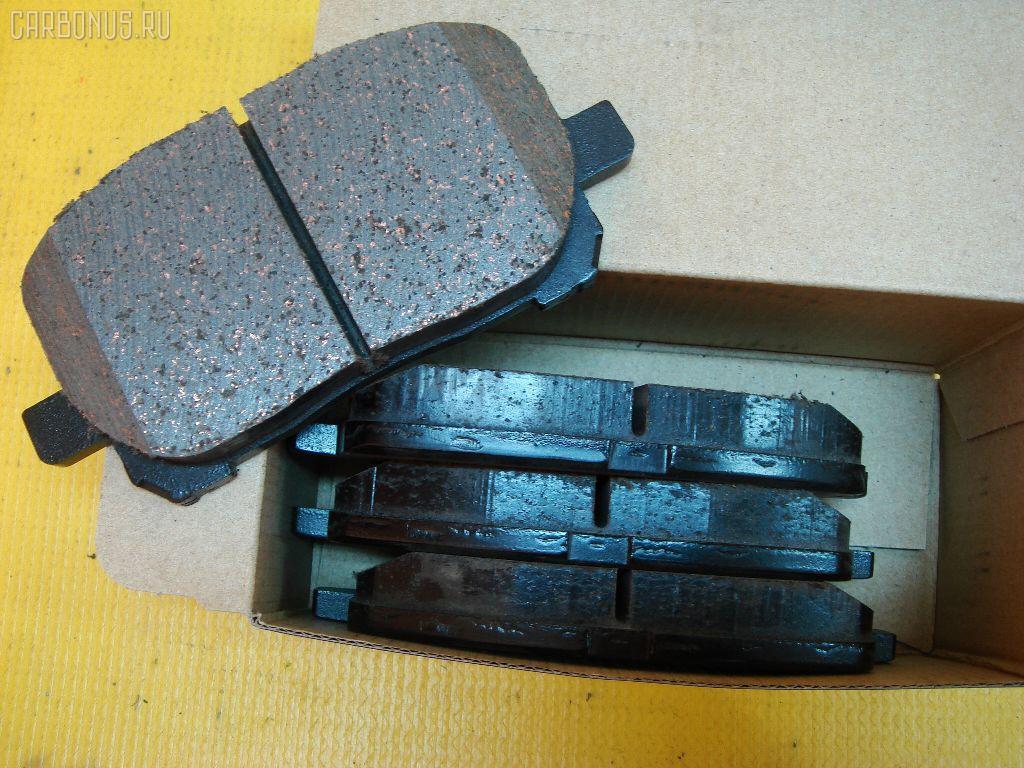 Тормозные колодки TOYOTA IPSUM ACM21. Фото 2