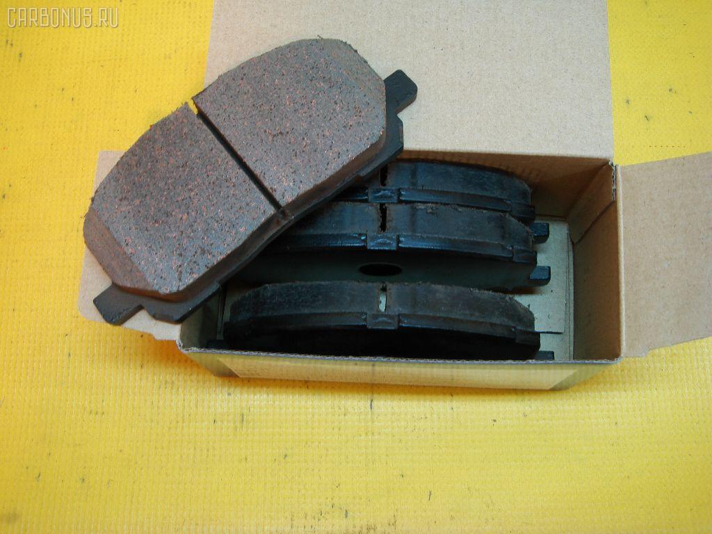 Тормозные колодки TOYOTA KLUGER V ACU20 2AZ-FE. Фото 1