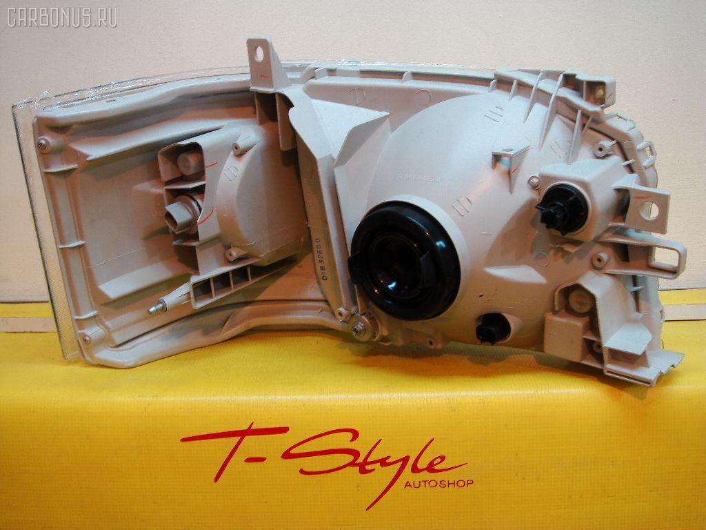 Фара TOYOTA HIACE TRH200K Фото 2