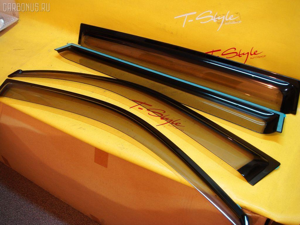 Ветровик TOYOTA KLUGER MCU25 Фото 1