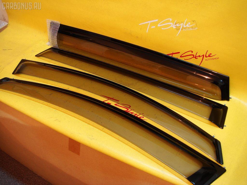 Ветровик TOYOTA IPSUM ACM21W Фото 1