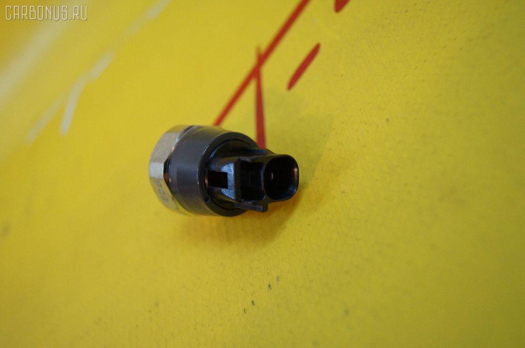 Датчик давления масла TOYOTA VITZ KSP90 1KR-FE. Фото 2