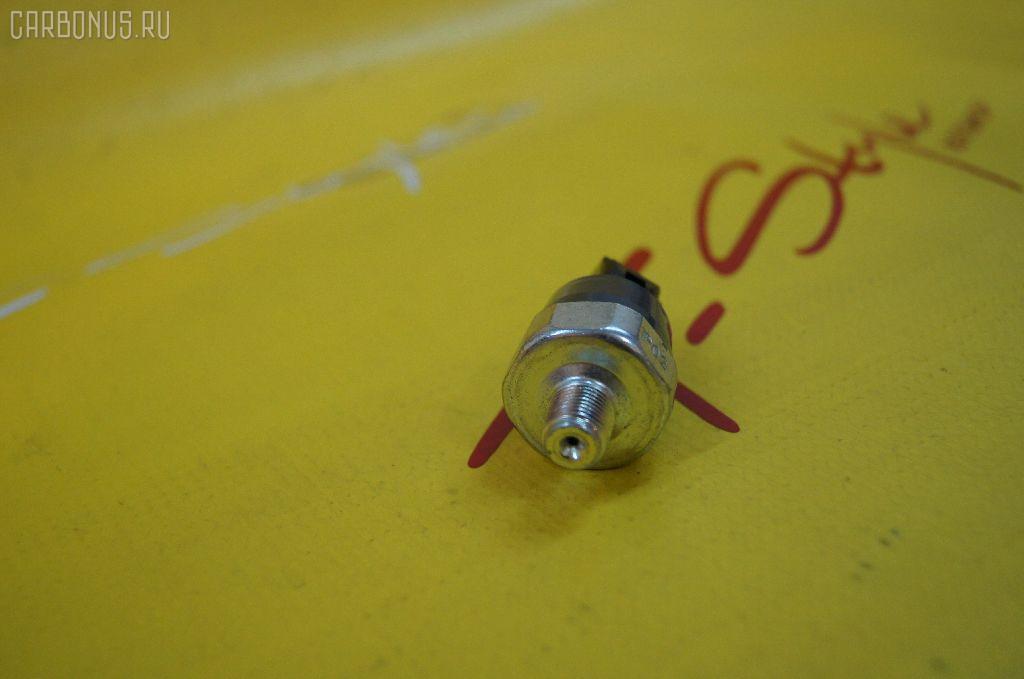 Датчик давления масла TOYOTA VITZ KSP90 1KR-FE. Фото 3