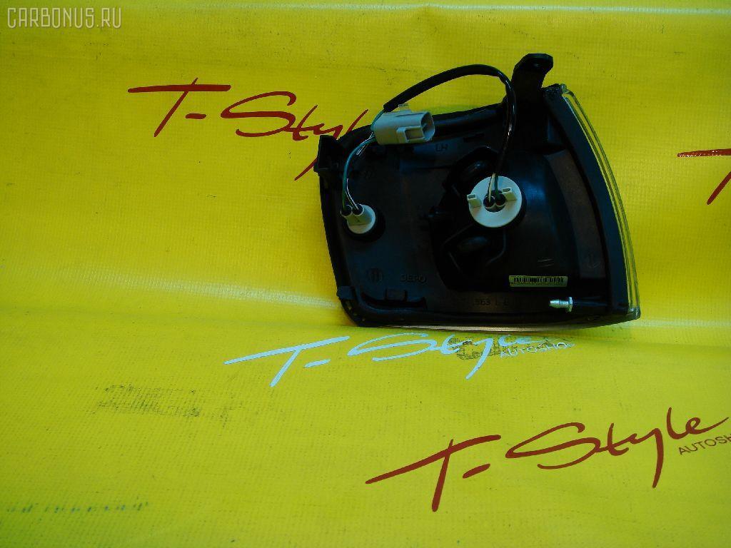 Поворотник к фаре TOYOTA CROWN GS130. Фото 1