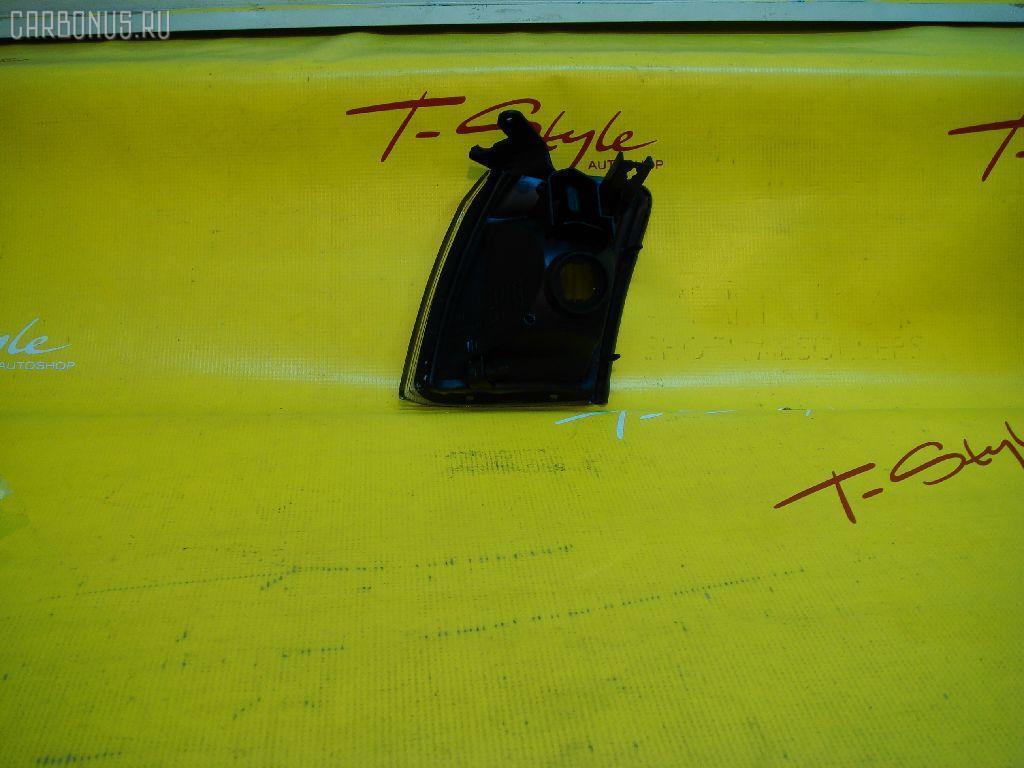 Поворотник к фаре TOYOTA CROWN GS151. Фото 1