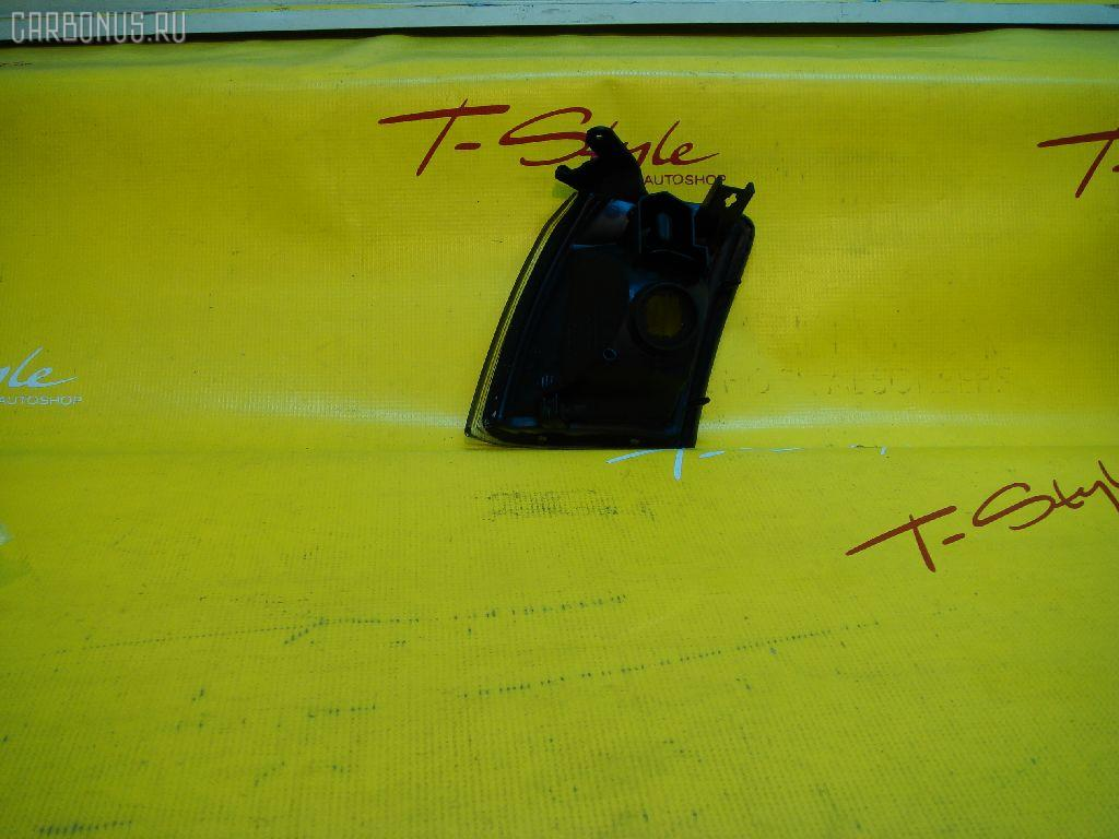 Поворотник к фаре TOYOTA CROWN GS151. Фото 2