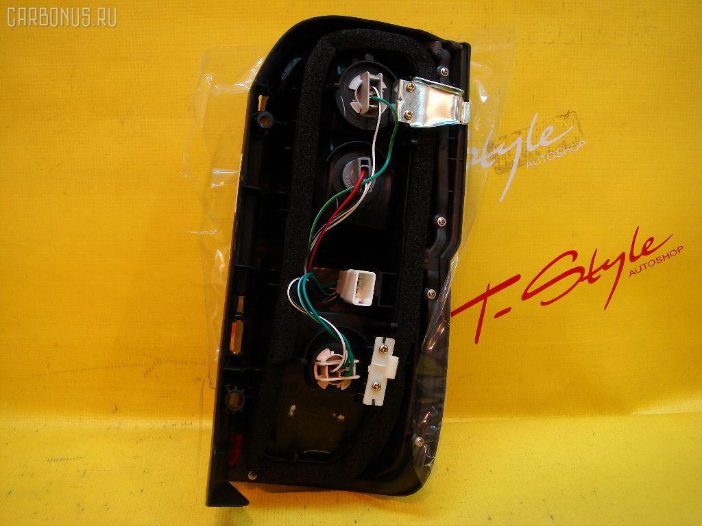 Стоп Toyota Hiace LY11 Фото 1