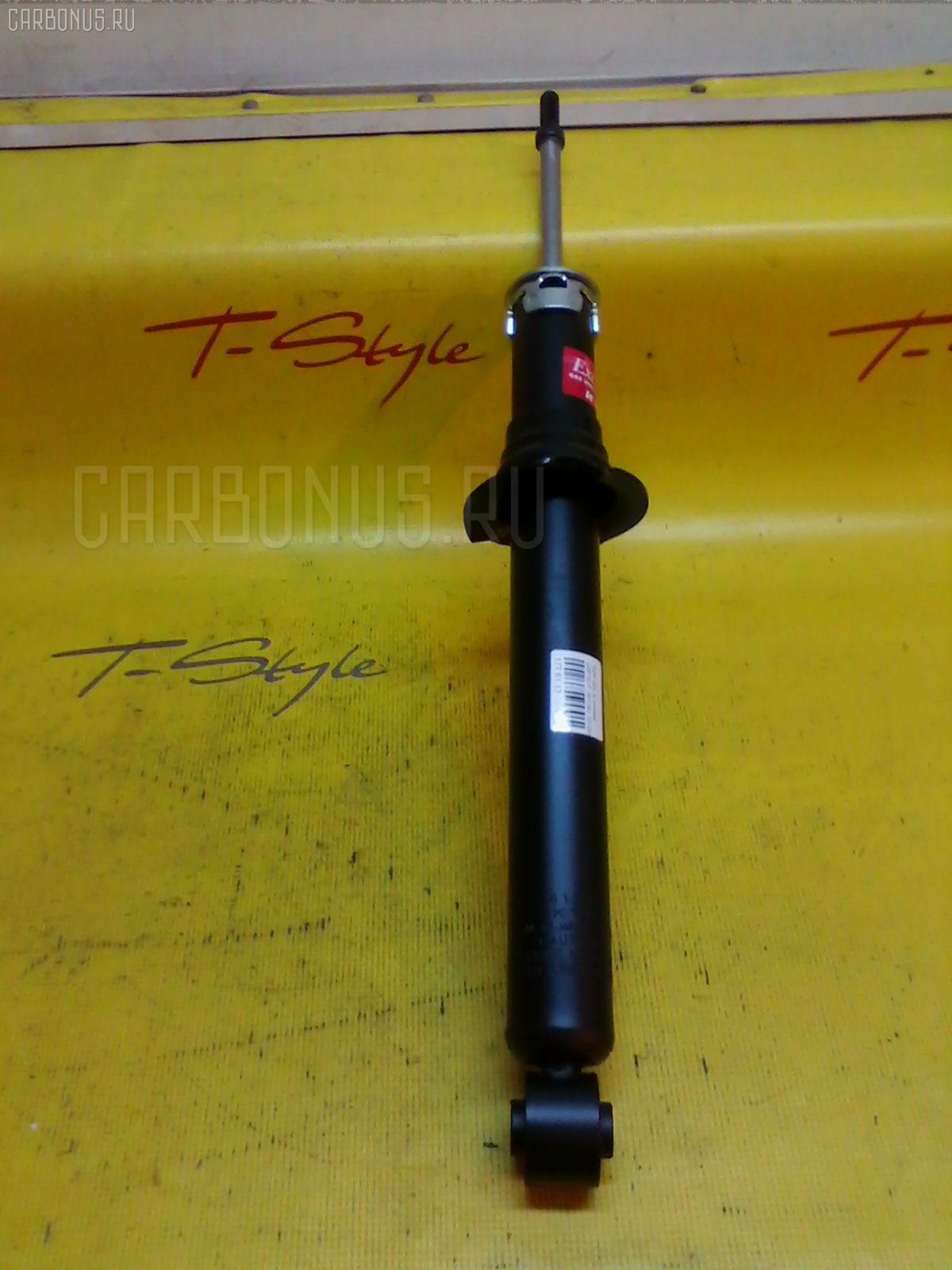 Стойка амортизатора Toyota Celsior UCF30 Фото 1