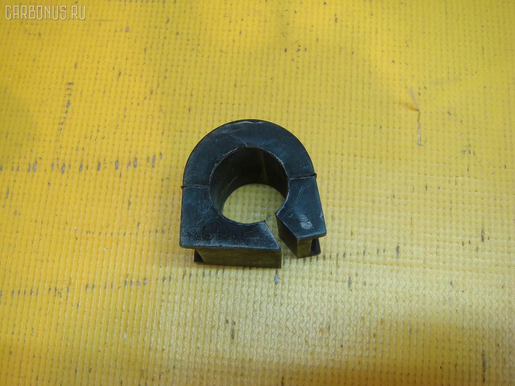 Втулка стабилизатора TOYOTA CHASER JZX100 Фото 1