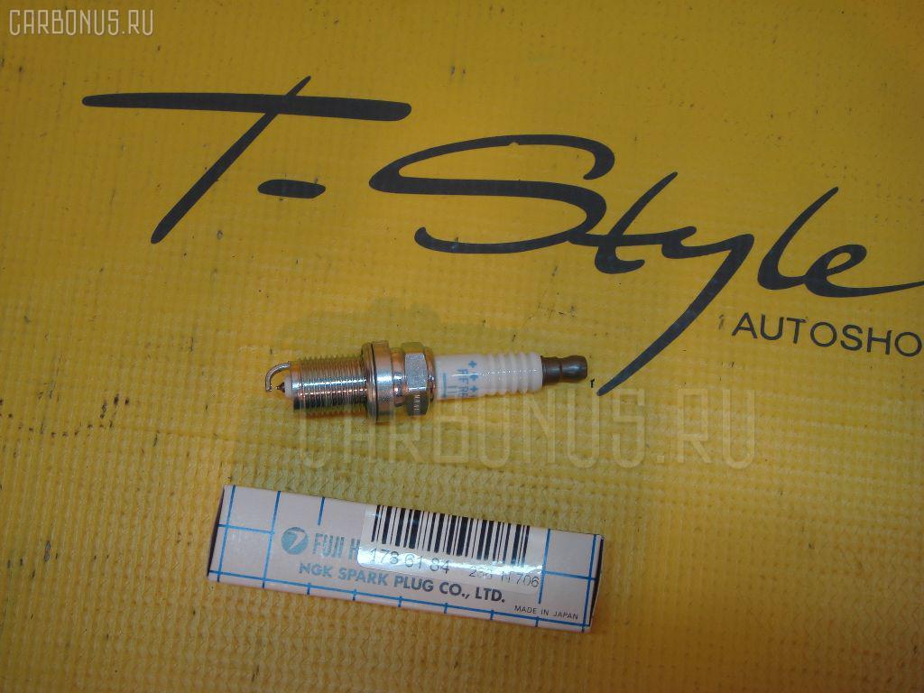 Свеча зажигания PK16PR-L11 SUBARU 22401AA570 на Subaru Forester SG5 EJ203 Фото 1