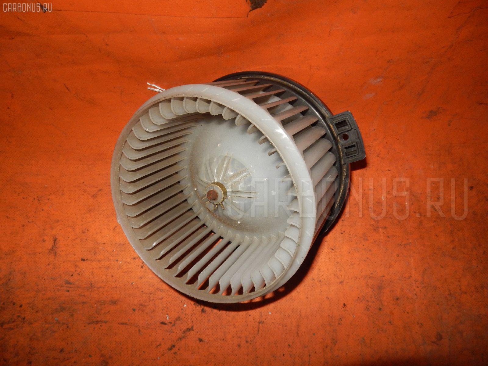 Мотор печки TOYOTA IPSUM ACM21W. Фото 2