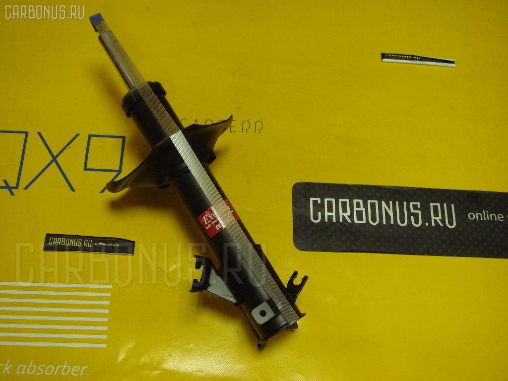 Стойка амортизатора NISSAN CEFIRO A32 Фото 1