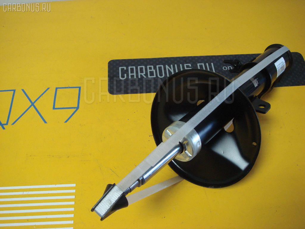 Стойка амортизатора TOYOTA CAMRY GRACIA MCV21. Фото 1