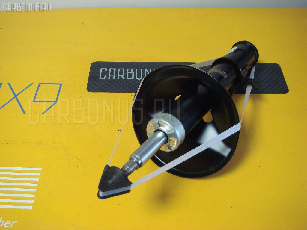 Стойка амортизатора Toyota Camry gracia SXV20 Фото 1