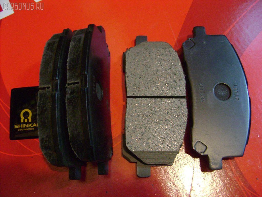 Тормозные колодки TOYOTA KLUGER V ACU20 2AZ-FE. Фото 2