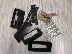 Брэкеты для базовых креплений багажников на Subaru Legacy BP CARMATE MR106