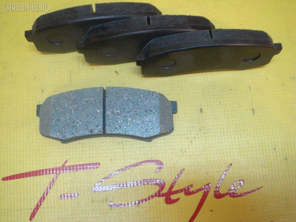 Тормозные колодки TOYOTA LAND CRUISER PRADO VZJ120W. Фото 5