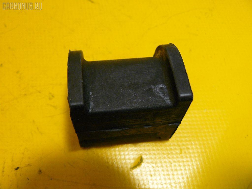 Втулка стабилизатора MITSUBISHI PAJERO IO H77W Фото 1
