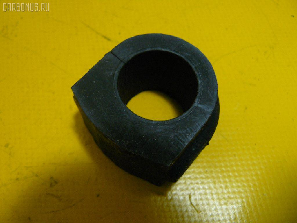 Втулка стабилизатора Nissan Rnessa N30 Фото 1
