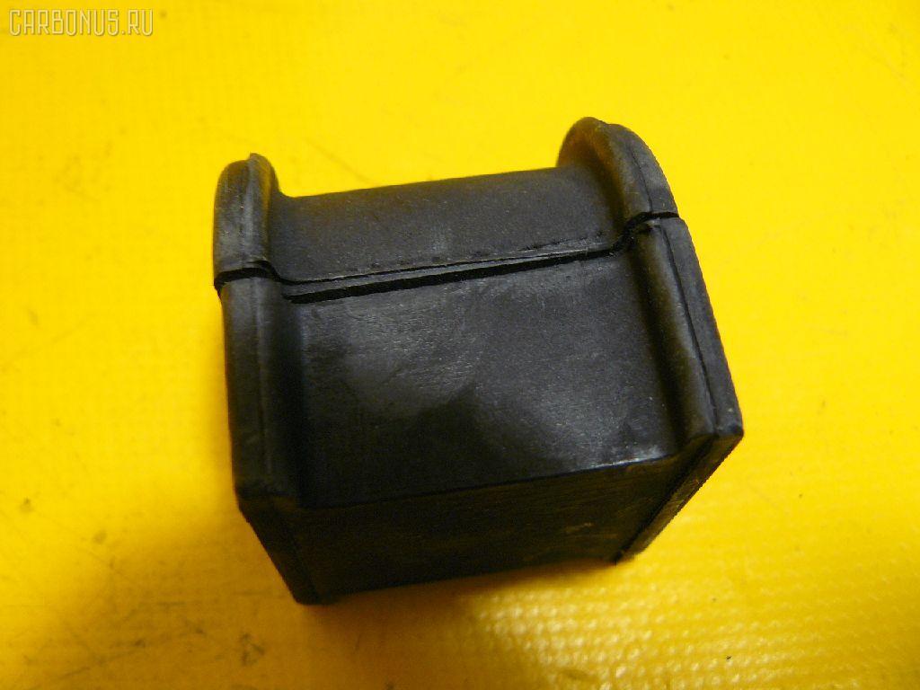 Втулка стабилизатора TOYOTA CAMRY MCV30 Фото 1