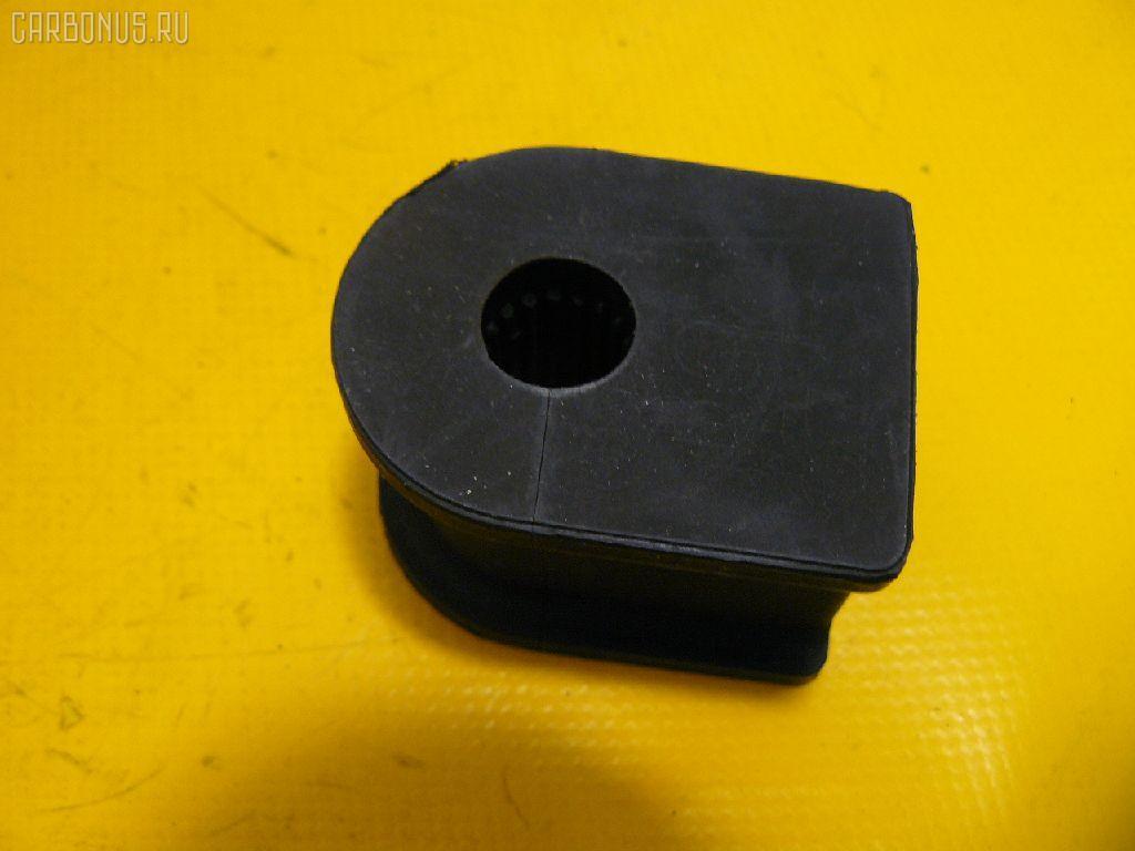 Втулка стабилизатора TOYOTA COROLLA AE104 Фото 1