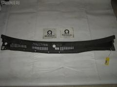 Решетка под лобовое стекло 668626J000 на Nissan Primera P11 Фото 1