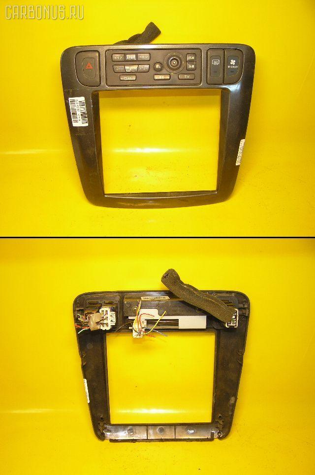 Консоль магнитофона NISSAN LIBERTY PM12. Фото 1