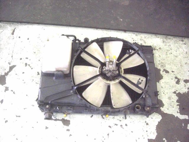 Радиатор ДВС TOYOTA VISTA CV43 3C-T. Фото 2