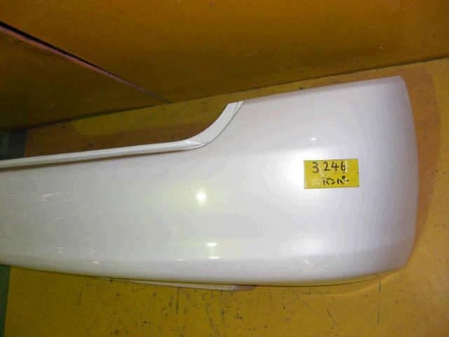 Бампер TOYOTA PRIUS NHW11. Фото 2