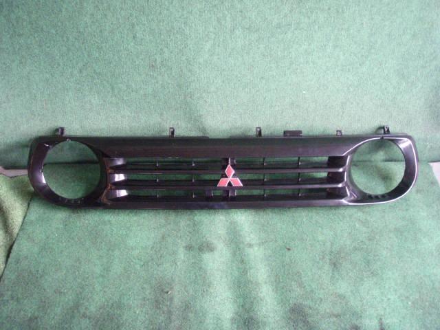 Решетка радиатора MITSUBISHI PAJERO JUNIOR H57A. Фото 4