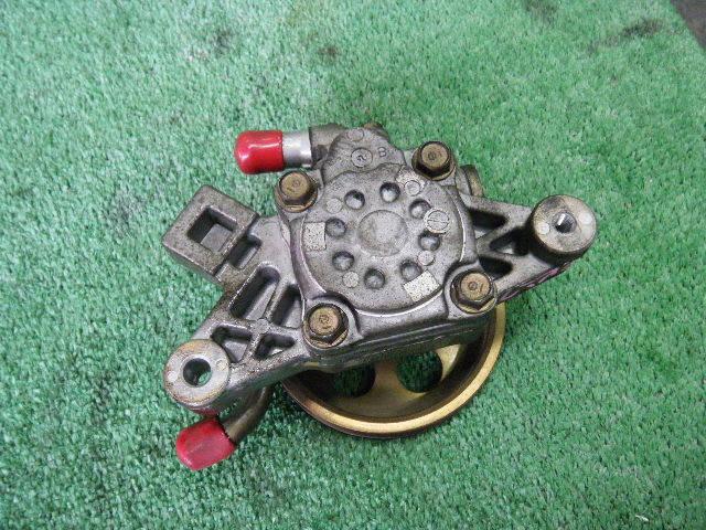 Гидроусилителя насос HONDA CIVIC EK2 D13B. Фото 3