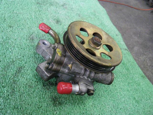 Гидроусилителя насос HONDA CIVIC EK2 D13B. Фото 2