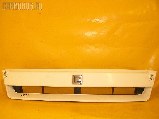Решетка радиатора NISSAN CUBE AZ10. Фото 2