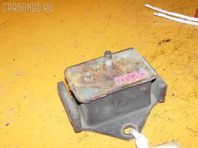 Подушка двигателя MITSUBISHI DELICA SPACE GEAR PE8W 4M40 Фото 1