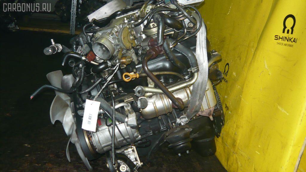 Двигатель NISSAN ELGRAND ALWE50 VG33E. Фото 3