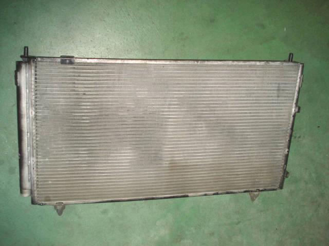 Радиатор кондиционера TOYOTA IPSUM ACM21W 2AZ-FE. Фото 2