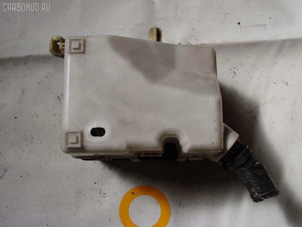 Блок предохранителей TOYOTA PROBOX NCP50V 1NZ-FE. Фото 3