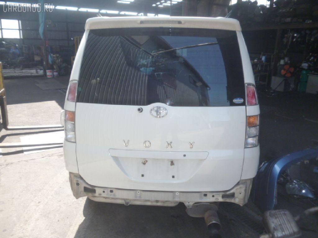 Планка задняя TOYOTA VOXY AZR65G Фото 6