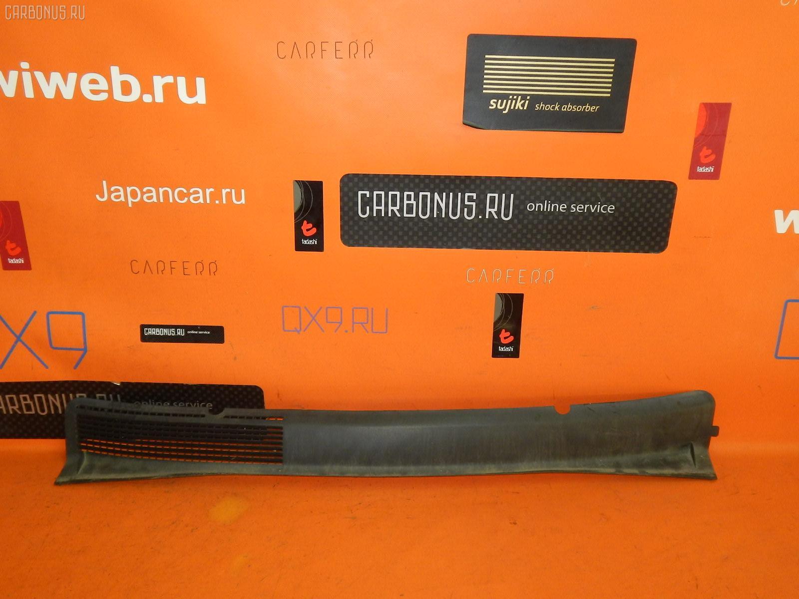 Решетка под лобовое стекло SUBARU TRAVIQ XM220. Фото 3