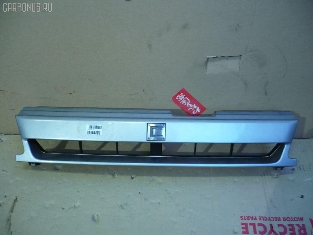 Решетка радиатора NISSAN CUBE Z10. Фото 3