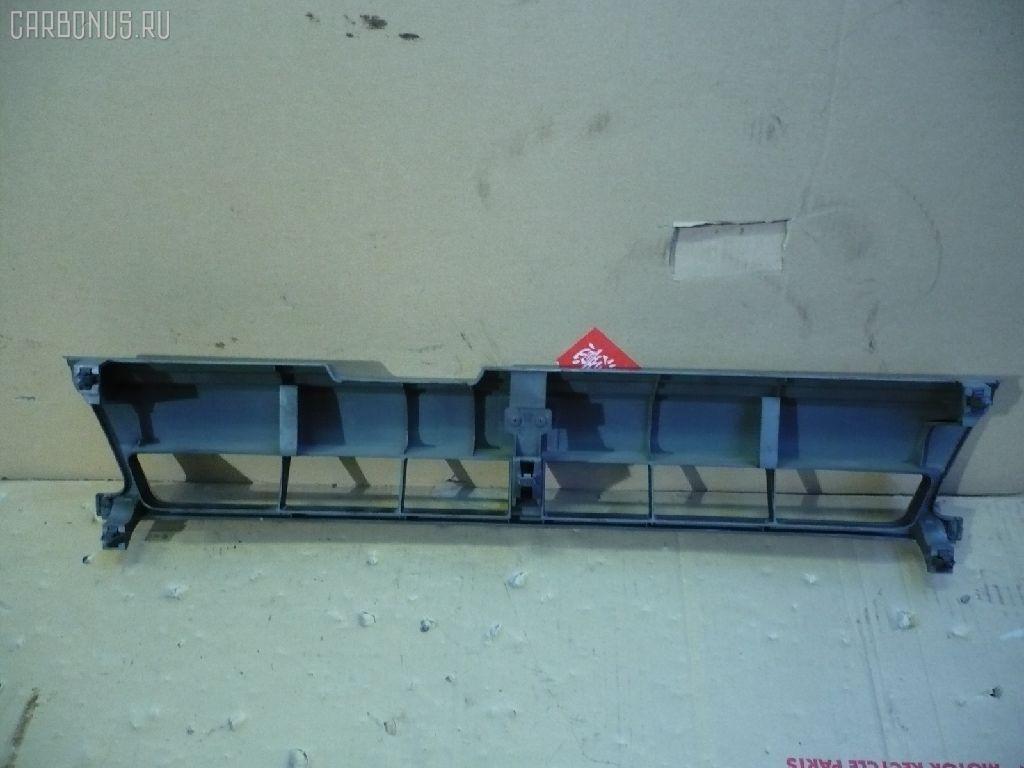 Решетка радиатора NISSAN CUBE Z10. Фото 4