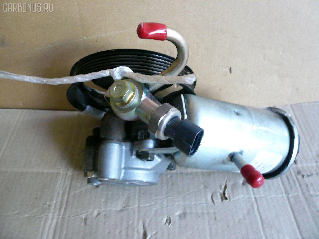 Гидроусилителя насос TOYOTA MARK II JZX110 1JZ-FSE. Фото 2