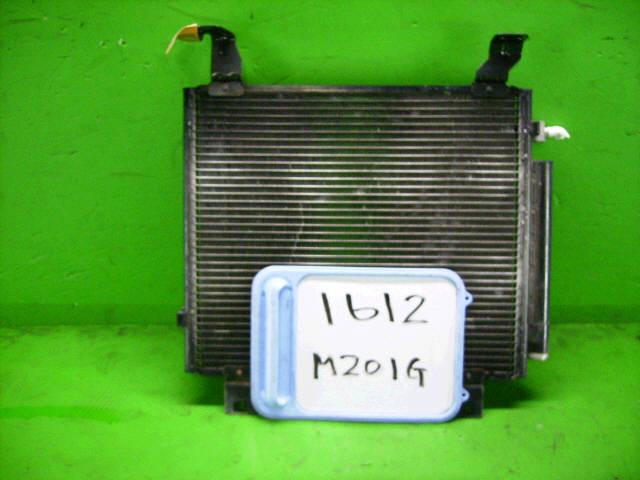 Радиатор кондиционера DAIHATSU YRV M201G K3-VE. Фото 2