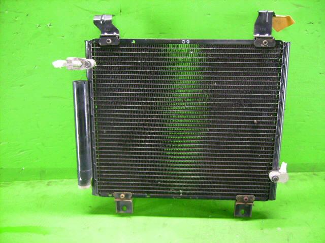 Радиатор кондиционера DAIHATSU YRV M201G K3-VE. Фото 1