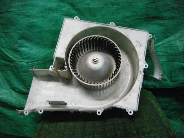 Мотор печки NISSAN SUNNY FB15. Фото 3