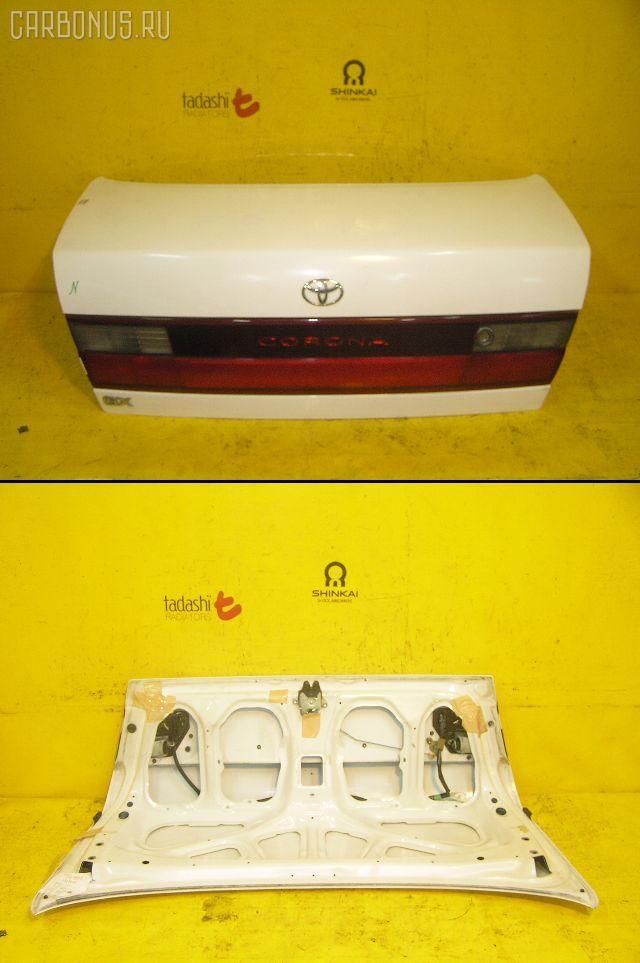 Крышка багажника TOYOTA CORONA AT190. Фото 1