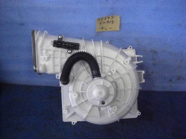 Мотор печки NISSAN SUNNY FNB15. Фото 3