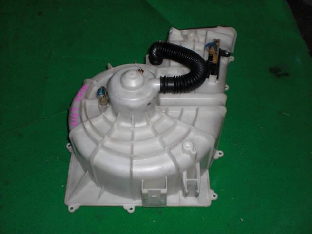 Мотор печки NISSAN SUNNY FB15. Фото 7